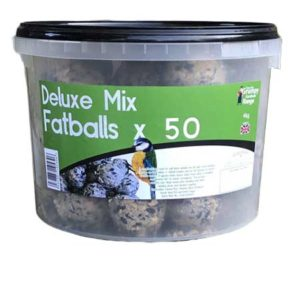 Deluxe Mix Fatballs contain more beef tallow and seeds than the premium and regular mix fatballs.