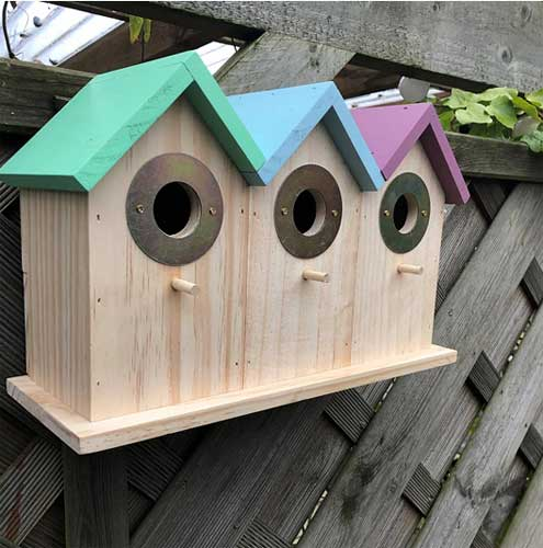 Side view of the triple deluxe terraced bird nesting box